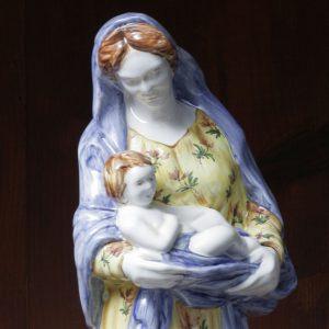 Vierge à l'Enfant dans son voile 2