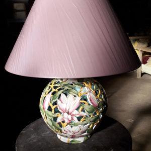 Pied de lampe boule ajourée Magnolias